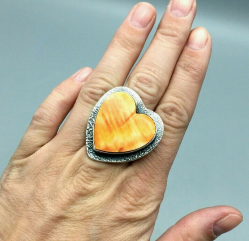 Spiny oyster heart shaped ring