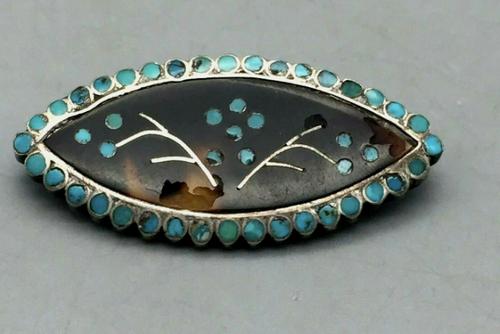 Dishta style inlay pin