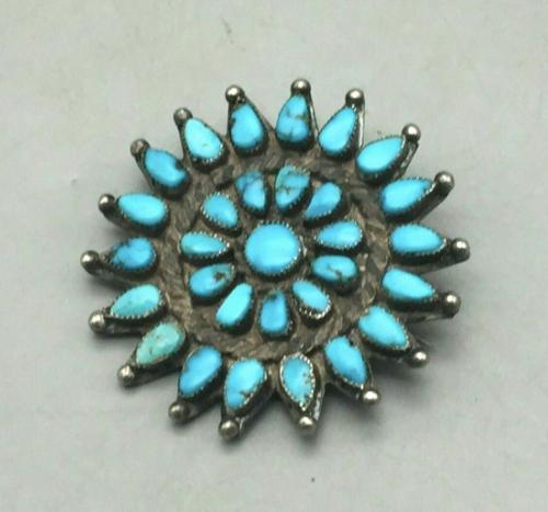 Zuni cluster pendant