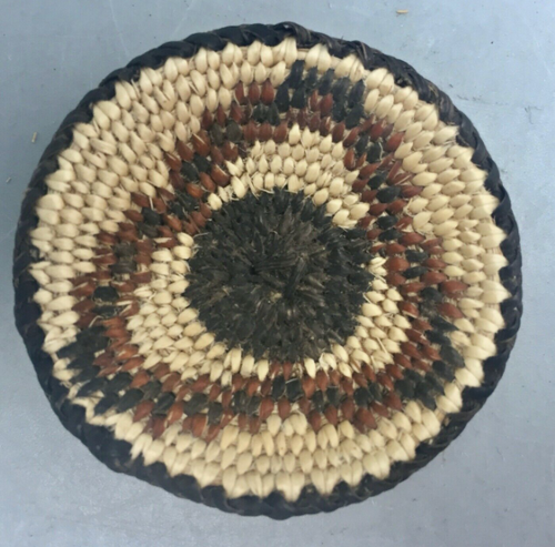 classic willow and devil's claw miniature basket from the Pima tribe