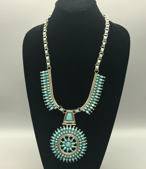turquoise cluster style necklace