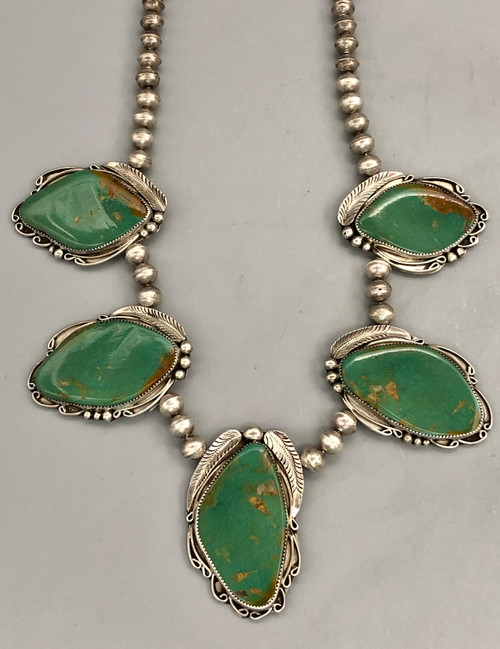Stylish Vintage Royston Turquoise Cabochon Necklace