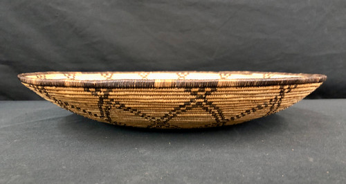Western Apache/Yavapai basket, sunflower design,willow and devil's claw, vintage, Native American