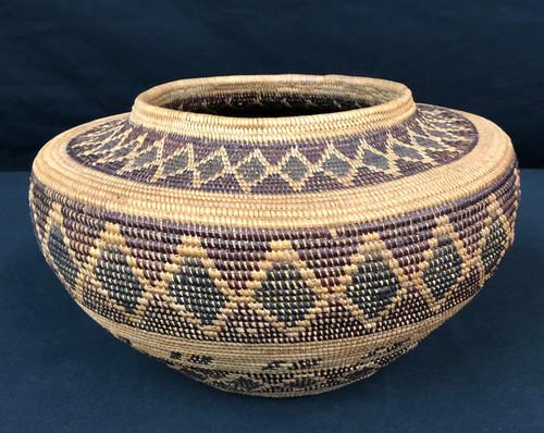 Yokuts polychrome basket, diamond/rattlesnake pattern