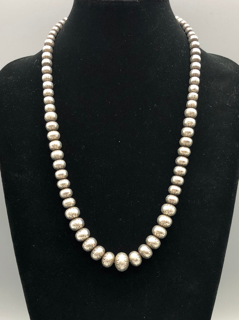 Spectacular Detailed Navajo Pearl Necklace