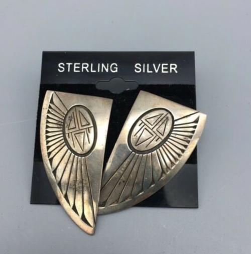 earrings on card