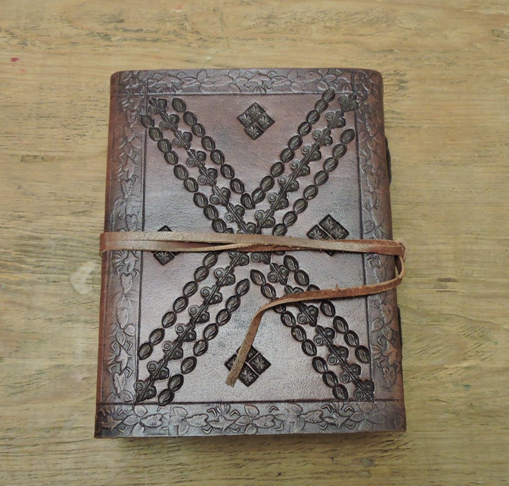 "Leather Journal Small with LINED PAPER 6"" x 4.5"" - back cover"