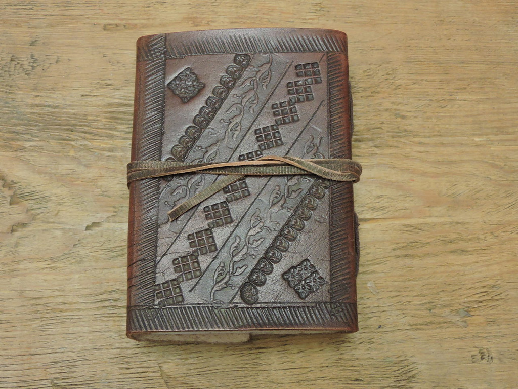 hand made extra small old world style leather journal - back cover