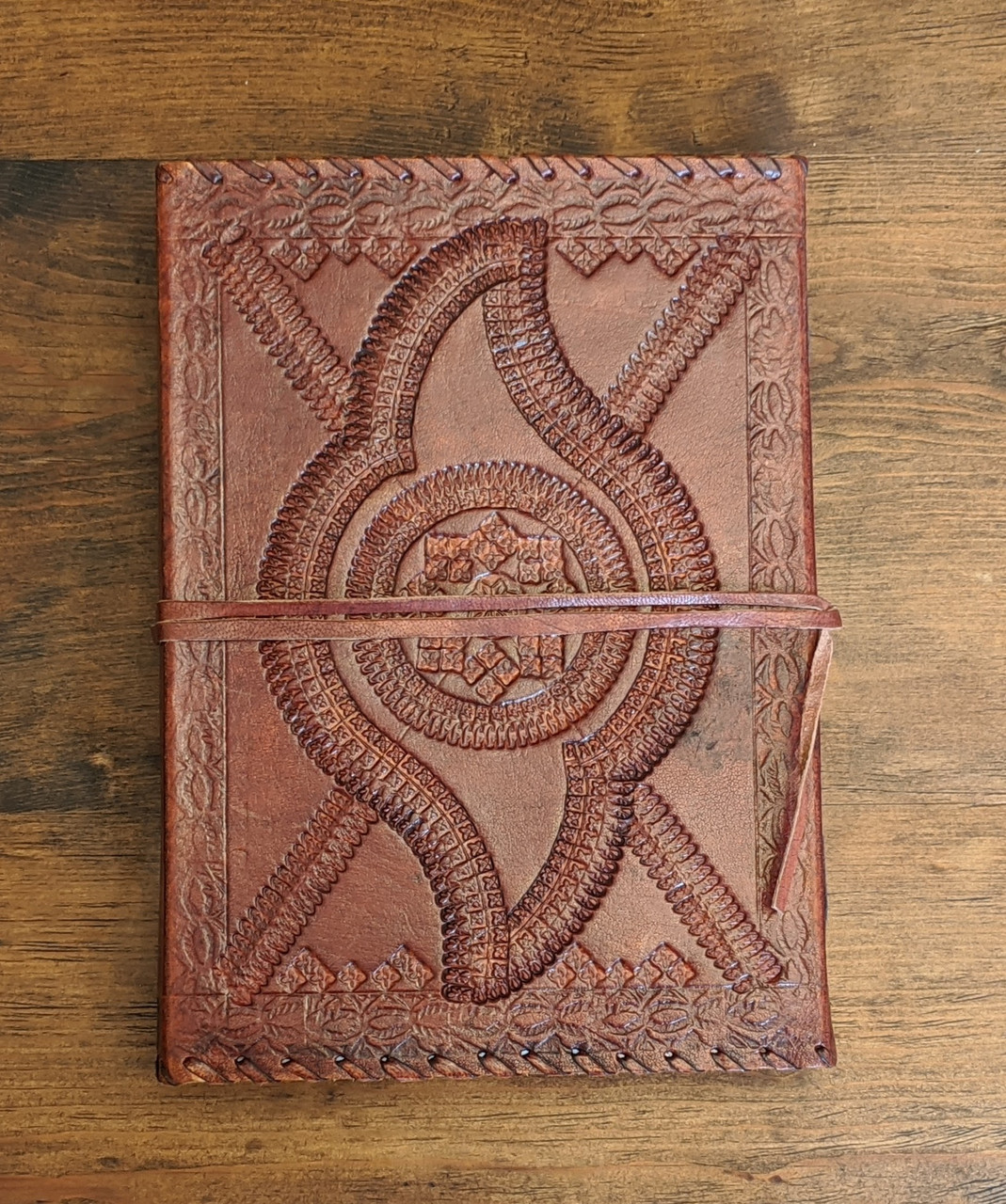 OLD WORLD Leather Journal - Embossed - back cover
