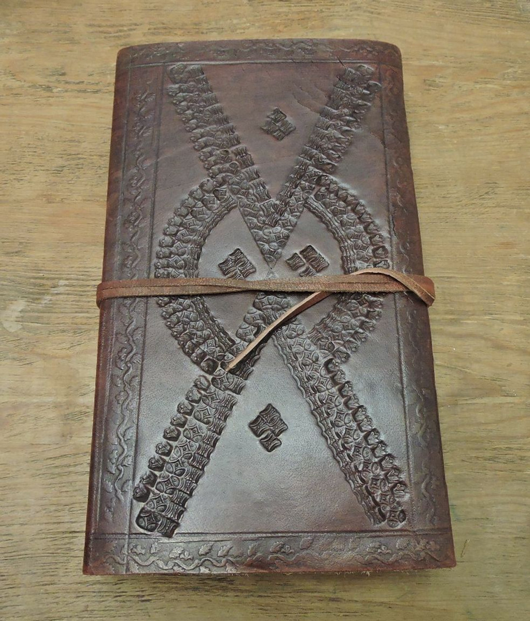 back cover view of leather journal - lined paper with embossing