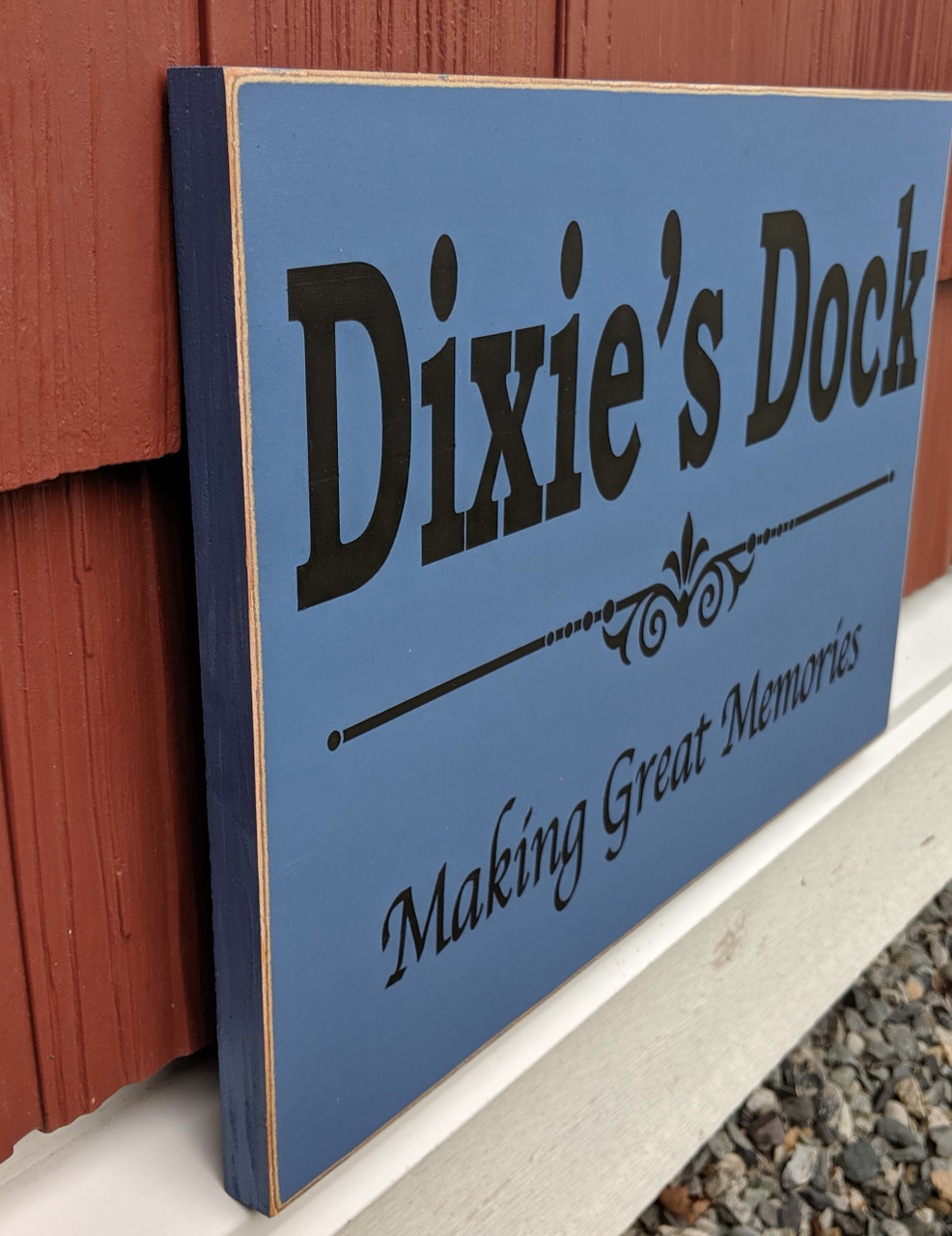 Custom Family Cabin Sign - side view