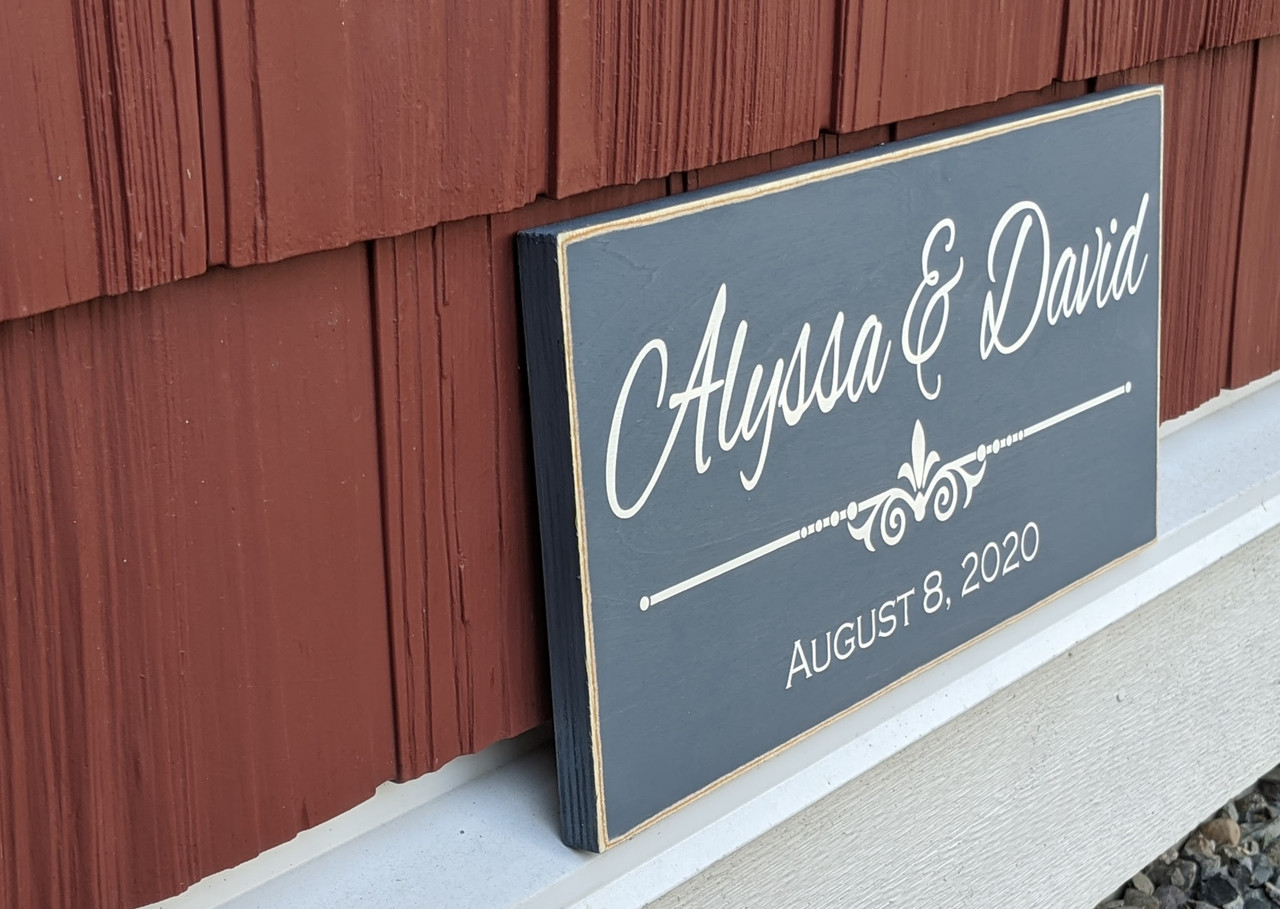 Couple's personalized name sign with established date