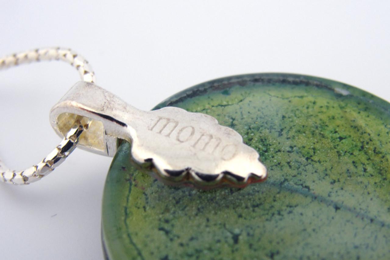 Momo Glassworks Leaf Medallion