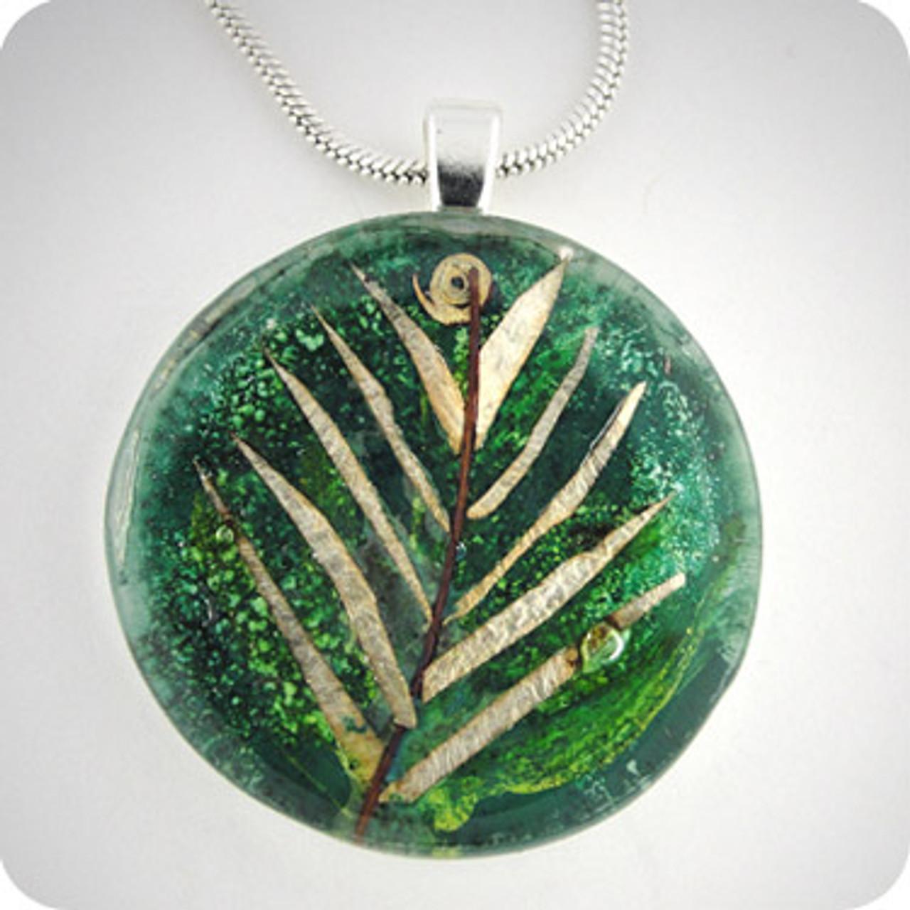 Momo Glassworks Leaf Glass Medallion