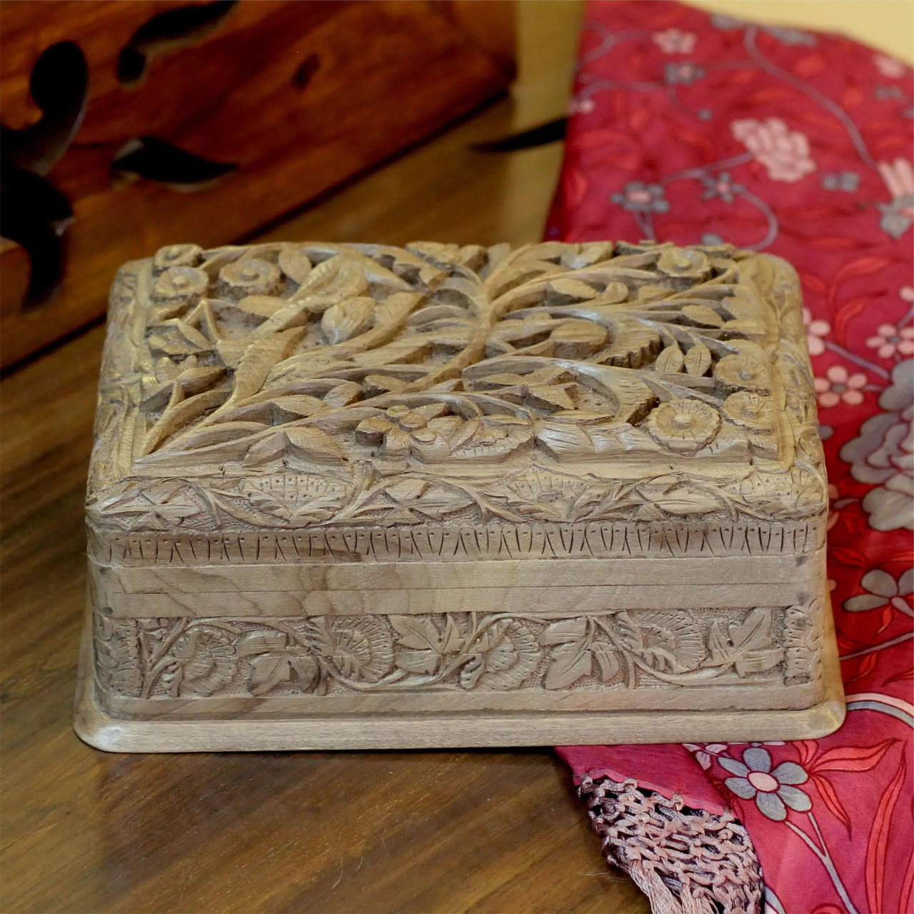 """Wooden Jewellery Box """"Bird Enchantment"""" front view - lifestyle"""