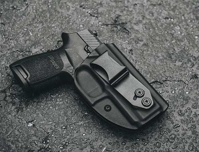 30-Day Carry: New Rig is Less Bulky and Highly Versatile