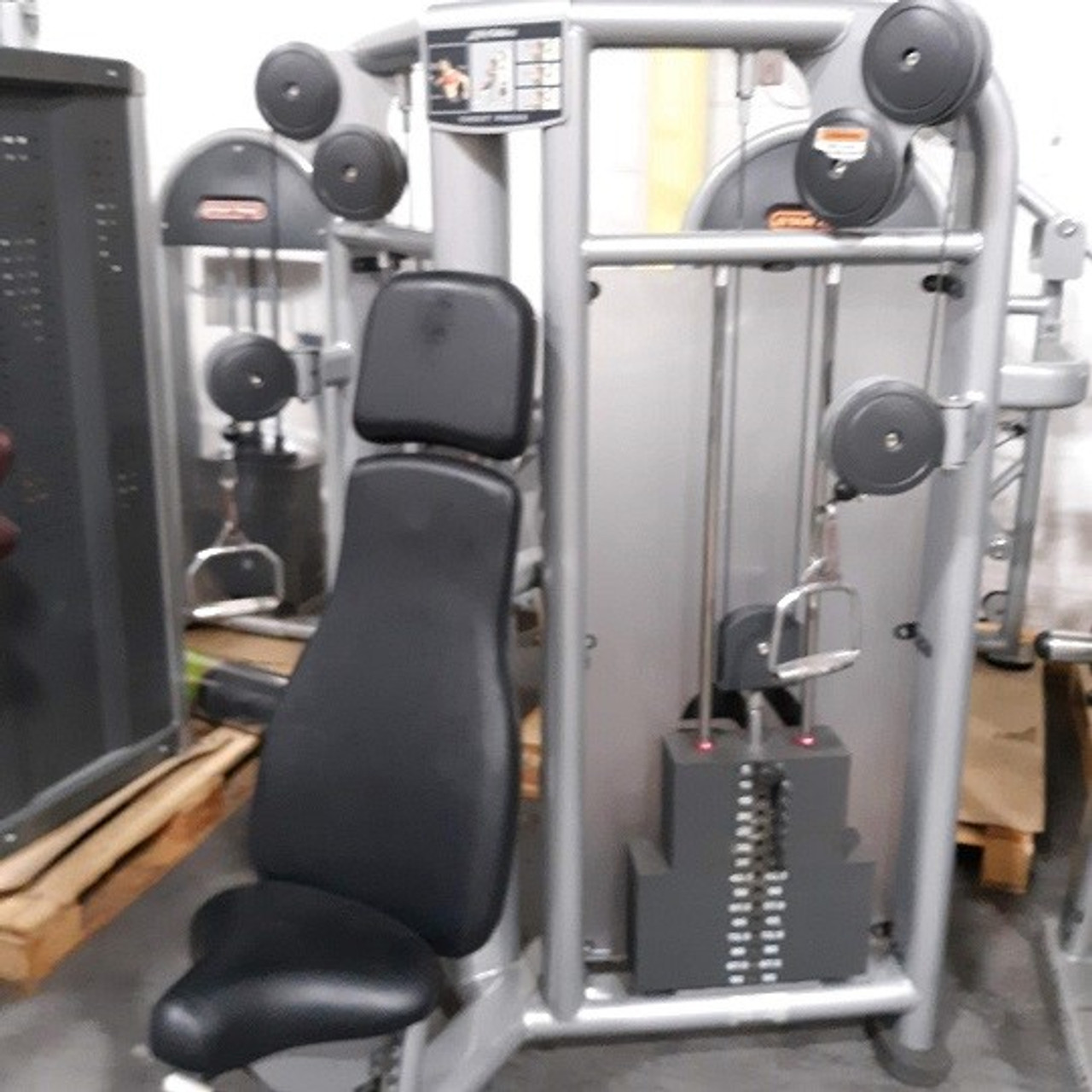 Life Fitness Signature CMCP Cable Motion Chest Press