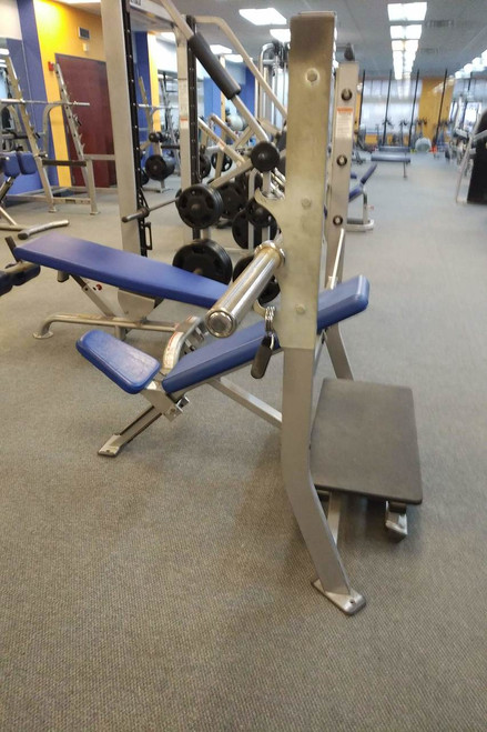 Olympic Incline bench by Hammer Strength