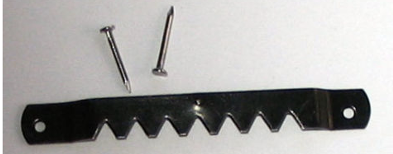 2-3/4 inch black sawtooth with nails