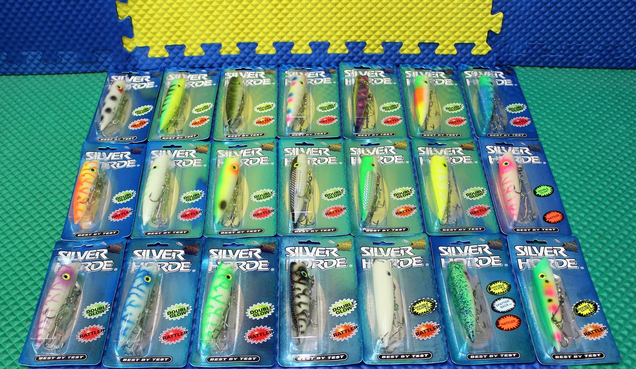 Silver Horde Ace HI 5 Plug UV/Glow/Double Glow w/Rattler 3153-999 Series CHOOSE YOUR COLOR!