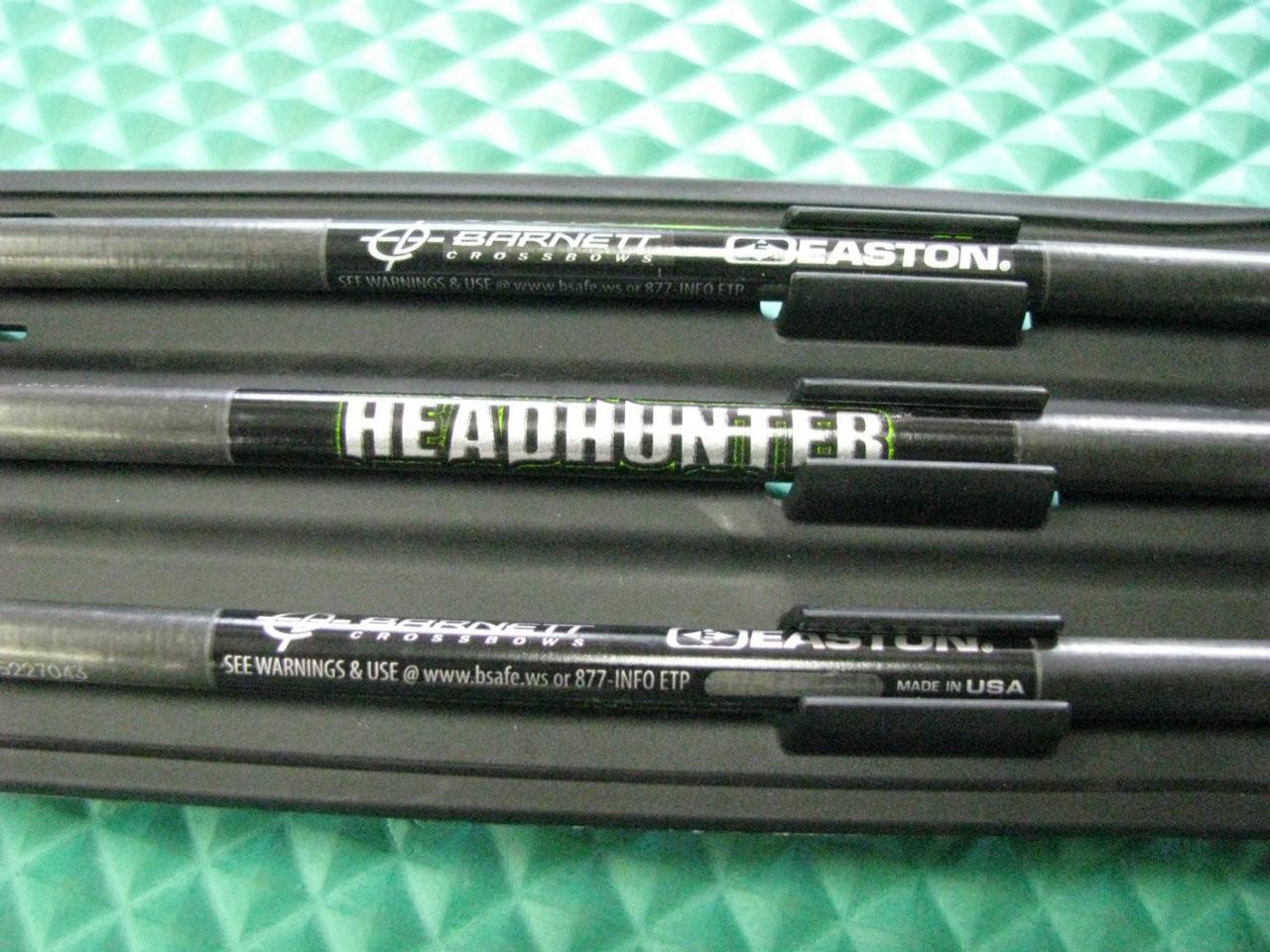 Barnett Headhunter Carbon Crossbow Arrows with Field Tips & Travel Case