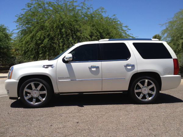 Cadillac Escalade 2007-2014 2/3 Economy Drop Kit - McGaughys Part# 34065/34066