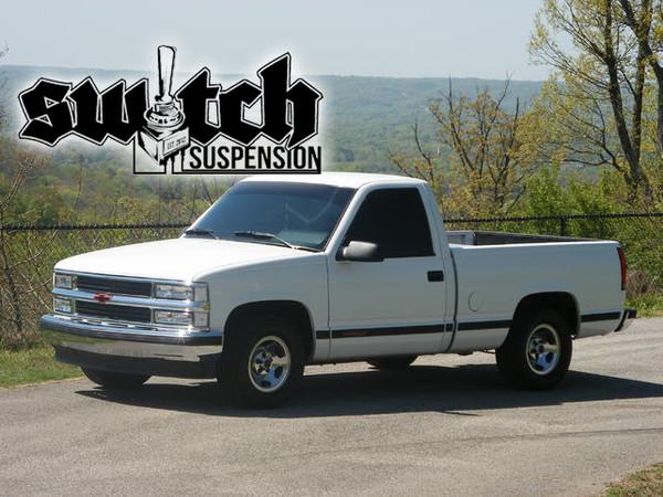 """Chevrolet C1500 Silverado 1988-1998 Rear 1""""-2"""" Drop Shackles - McGaughys Part# 33037"""
