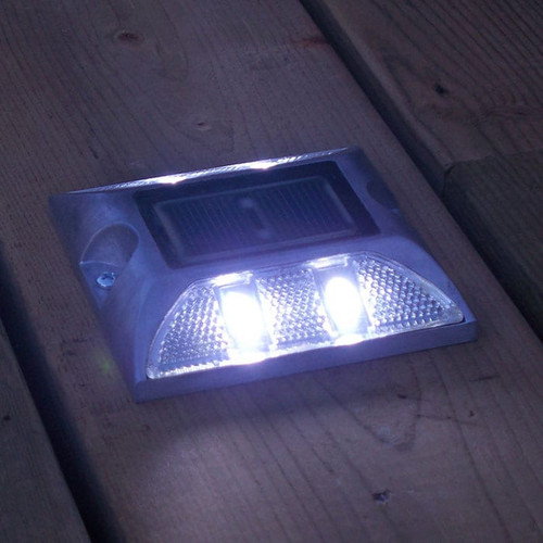 Dock Edge Aluminum Dock Lite Solar Dock & Deck Light (DE96263F)