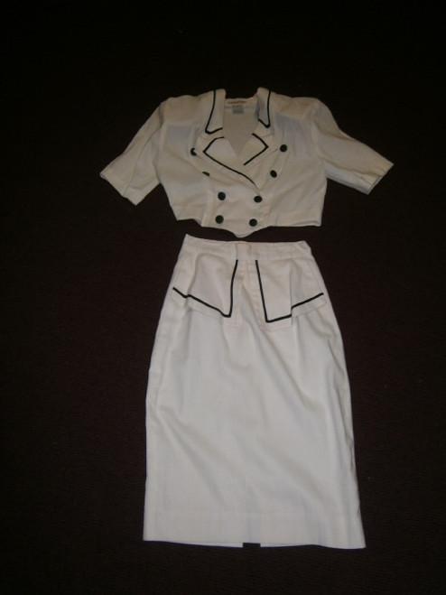 White 2pce skirt suit set
