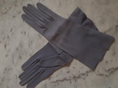 Purple wrist glove