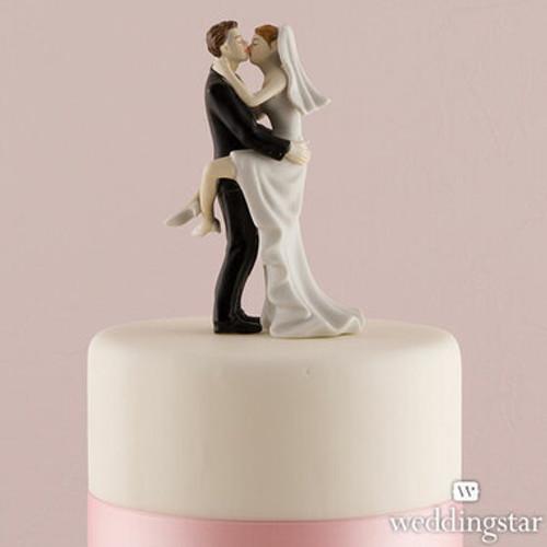 ''Kissing Couple'' Wedding Cake Topper