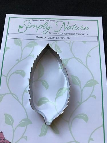 Dahlia Leaf Gumpaste Cutter