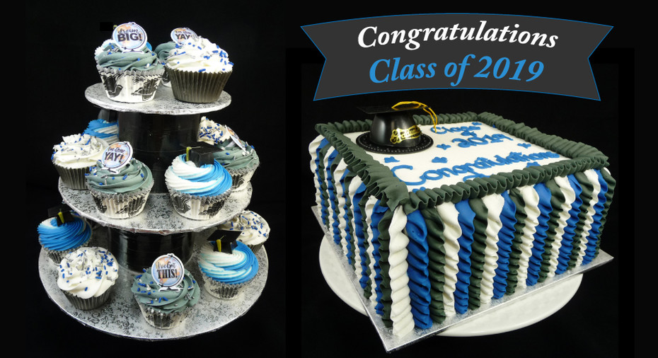 Congratulations Class of 2019 Cake  and Cupcakes