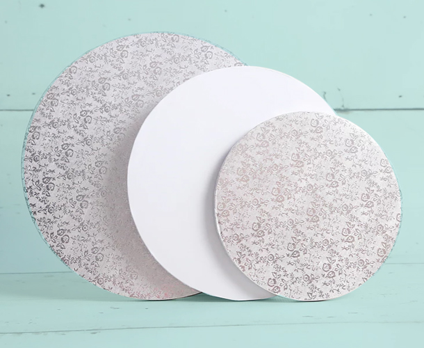 Silver & white cake boards and Drums