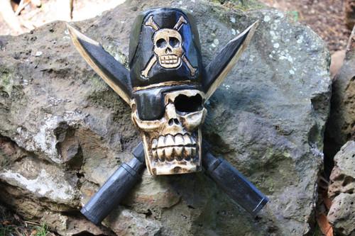 "Skull Head w/ Cross Knives 12"" - Wall Hanging Pirate Decor | #kng21051"