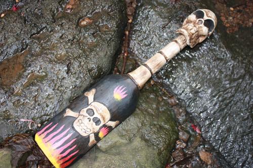 """Crossbones w/ Flames Decorative oar 20"""" - Harley Davidson Style   #kng2101350"""