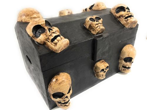 "Large Treasure Chest w/ Skulls 18"" X 12"" - Crossbones Decor | #kng21074"