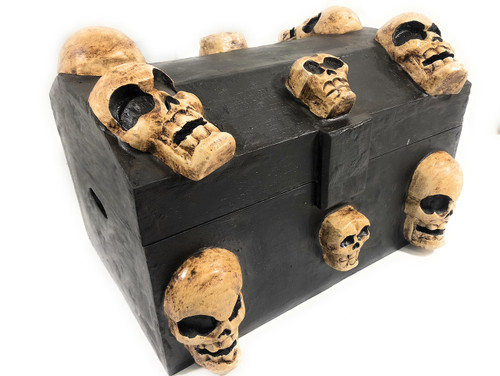 "Large Treasure Chest w/ Skulls 18"" X 12"" - Crossbones Decor   #kng21074"