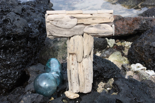"""""""T"""" Driftwood Letter 10"""" Home Decor - Rustic Accents 