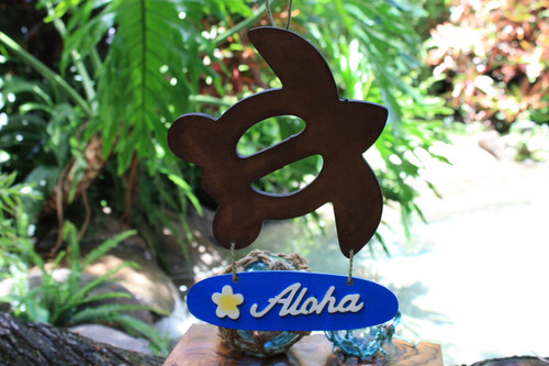 """Aloha"" with Plumeria & Turtle Wooden Sign - Hawaiian Decor 