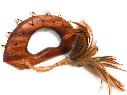 "Ali`i Koa Knuckle Duster 9"" w/ Shark Teeth Brown Feathers