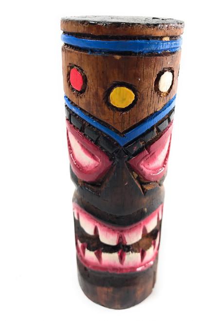 Winner Tiki totem