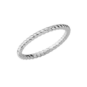 Chic Rope Ring in White Gold