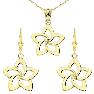 14K Flower Pendant Necklace Set in Yellow Gold
