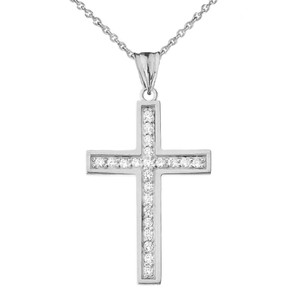 Mod-Chic Diamond Cross Pendant Necklace in Gold(Yellow/Rose/White)