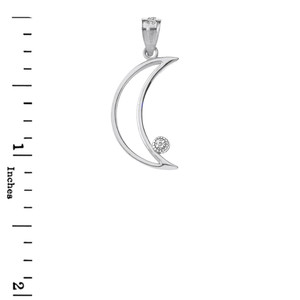 Crescent Moon Outline Solitaire Pendant Necklace in Gold (Yellow/Rose/White)
