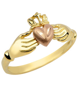 Gold Irish Claddagh Ring