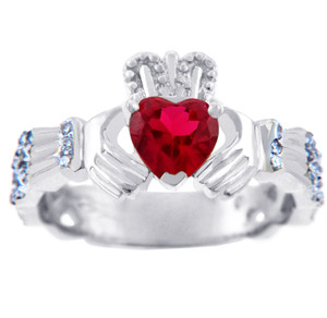 18K White Gold Diamond Claddagh Ring with 0.4 Ct Garnet