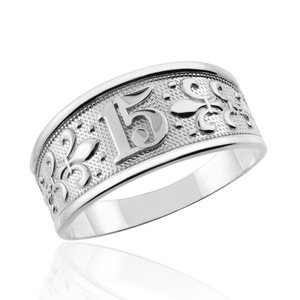 """White Gold """"15 Anos"""" Quinceanera Ring"""