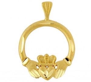 Gold Claddagh Pendant